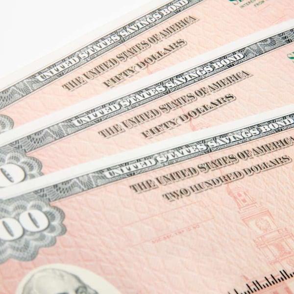 US savings bond as holiday gift to save money