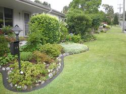 Grow_Your_Homes_Value_With_Landscaping