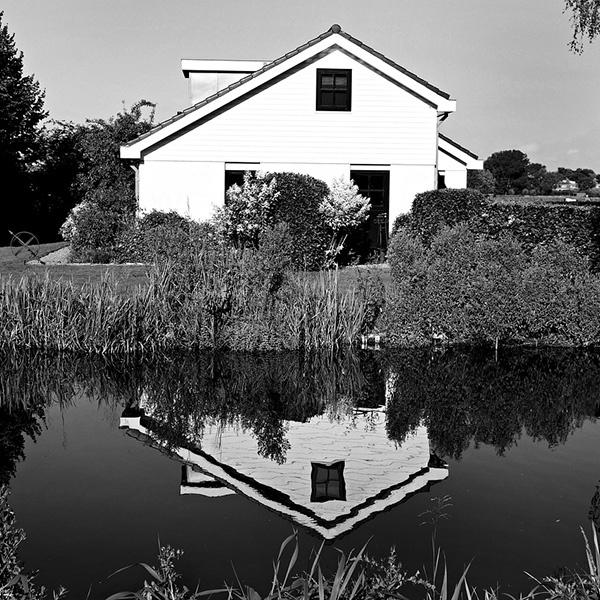 House_by_a_pond-1.jpg