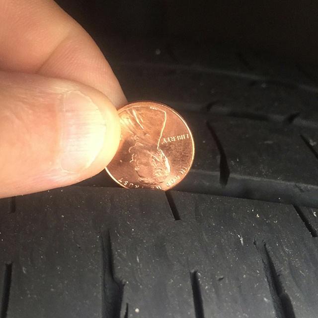 Penny_in_a_tire_tread
