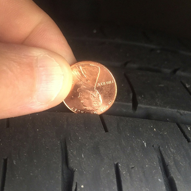 Penny_in_a_tire_tread