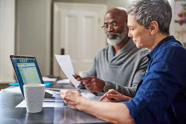 older couple budgeting for retirement